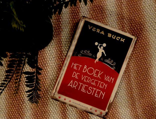 Het boek van de vergeten artiesten